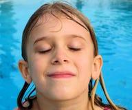 Face molhada da menina Imagens de Stock