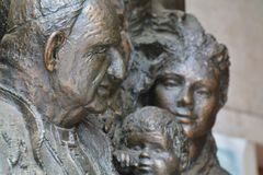 The face of Pope John XXIII. Bronze sculpture in the courtyard of a farm, birthplace of Angelo Roncalli (then Pope John XXIII) - Sotto il Monte Giovanni XXIII Stock Photography