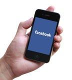 Facebook在苹果计算机iPhone的注册页 库存图片