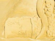 Facebook το πνεύμα του γλυπτού άμμου στο παραθαλάσσιο θέρετρο Peniscola στη Μεσόγειο στοκ φωτογραφία με δικαίωμα ελεύθερης χρήσης