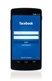 Facebook app no nexo 5 de Google Foto de Stock Royalty Free