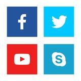 Facebook, cinguettio, youtube, logo dello skype ha stampato su Libro Bianco royalty illustrazione gratis