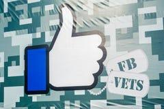 Facebook como el botón modificado para requisitos particulares para el día de veteranos; foto de archivo