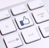 Facebook gillar tangentbordet Royaltyfria Foton