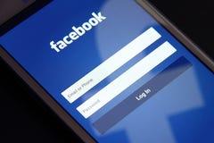 Facebook-het scherm stock afbeeldingen