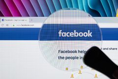 Facebook homepage, one of the biggest social network website. Homepage of Facebook.com on Apple iMac monitor screen Stock Images