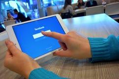 Facebook inloggning Fotografering för Bildbyråer