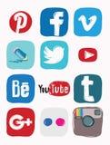 Facebook, instagram, Google più l'icona dei media sociali, scarabocchio di colore Fotografia Stock