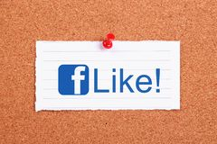 Facebook Like. Note paper pinned on corkboard Royalty Free Stock Photos