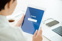 Facebook login on Apple iPad Air Stock Photos