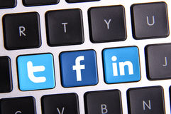 Facebook Twitter en Linkedin-toetsenbord Stock Afbeeldingen