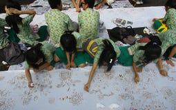 Facendo batik fatto a mano ammassarsi Fotografia Stock