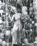 Facendo festa nel nuovo anno immagini stock libere da diritti