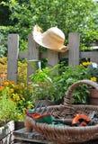 Facendo il giardinaggio in estate Fotografia Stock Libera da Diritti