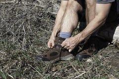 Facendo un'escursione gli stivali e traccia pronti Immagini Stock Libere da Diritti