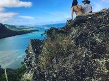 Facendo un'escursione in Hawai fotografia stock