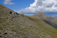 Facendo un'escursione nel parco nazionale di Ivvavik Immagini Stock Libere da Diritti