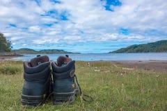 Facendo un'escursione nel sunart Scozia Regno Unito Europa del lago della Scozia immagini stock