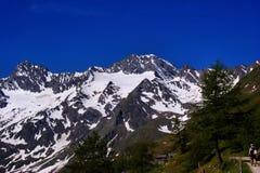 Facendo un'escursione nelle alpi di Oetztal in Italia Fotografia Stock Libera da Diritti