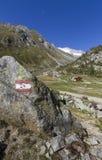 Facendo un'escursione nelle alpi italiane del nord Immagine Stock Libera da Diritti