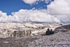 Facendo un'escursione nelle montagne Immagine Stock Libera da Diritti
