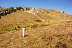 Facendo un'escursione nelle montagne della Crimea Fotografia Stock