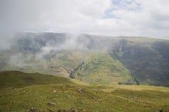 Facendo un'escursione nelle montagne di Simien, l'Etiopia Immagini Stock Libere da Diritti