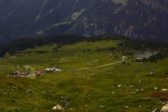 Facendo un'escursione su Alp Flix Immagine Stock