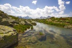 Facendo un'escursione su Alp Flix Fotografia Stock