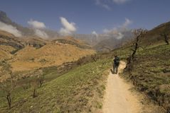 Facendo un'escursione in su lo Zulu di Kwa natale Immagini Stock