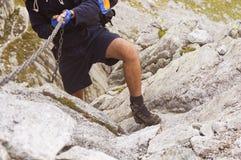 Facendo un'escursione sulle alpi Fotografie Stock