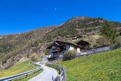 Facendo un'escursione in Vinschgau Fotografie Stock