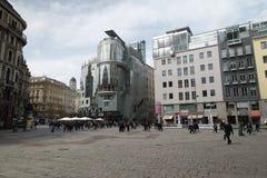 Facendo un giro turistico a Vienna immagine stock libera da diritti