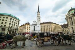 Facendo un giro turistico a Vienna fotografia stock libera da diritti