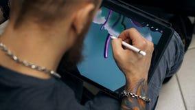 Faceta remisu obrazek na pastylka komputerze Projektant pracy na graficznej pastylce przy pecetem