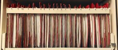 Fach voll von Büro-Dateien und Aufzeichnungen Lizenzfreies Stockbild