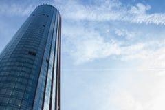 Fachada azul do arranha-céus Edifícios de Berlin Silhuetas de vidro modernas dos arranha-céus Imagem de Stock Royalty Free