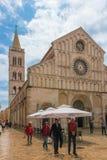 fachada Catedral de St Anastasia Zadar Croacia Foto de archivo