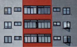 Fachada com apartamentos Foto de Stock Royalty Free