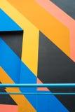 Fachada con la pintura geométrica Fotografía de archivo