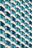 Fachada con las ventanas saledizas Foto de archivo