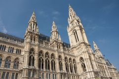 Fachada da construção de Rathaus em Viena imagem de stock