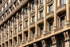 Fachada da construção do Neoclassicism em Barcelona Fotografia de Stock Royalty Free