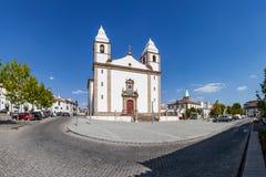Fachada da igreja de Santa Maria da Devesa, a igreja de mãe de Castelo de Vide Imagens de Stock