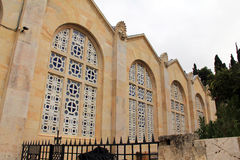 Fachada da igreja de todas as nações. Jerusalém. Israel fotografia de stock