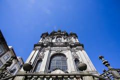 A fachada da igreja do dos Clerigos do igreja em Porto, Portugal do norte Fotografia de Stock