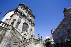 A fachada da igreja do dos Clerigos do igreja em Porto, Portugal do norte Imagem de Stock