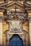 Fachada da igreja em Roma Fotos de Stock