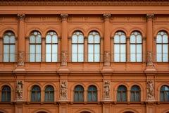 Fachada de Art Museum Riga Bourse en el cuadrado de la bóveda, construyendo en el estilo del palazzo veneciano del renacimiento imagenes de archivo