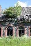 Fachada de construção abandonada Fotografia de Stock